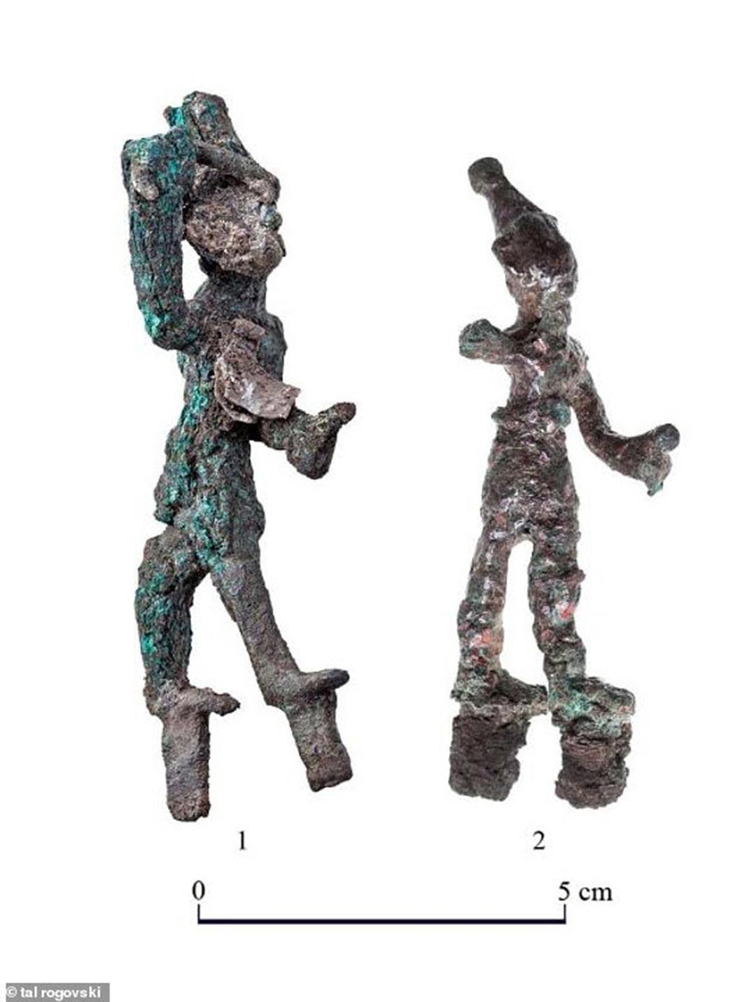 Bronze Canaanite smiting god figurines
