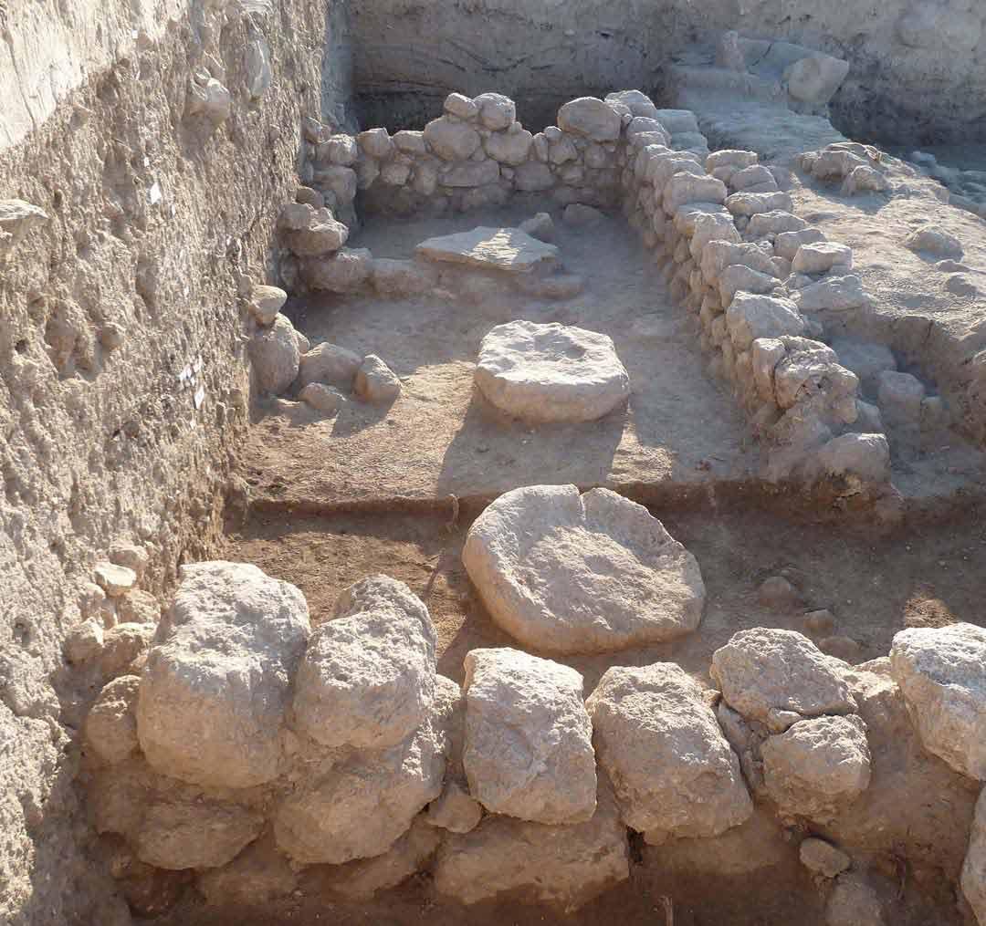 Ancient stones used for liquid ritual