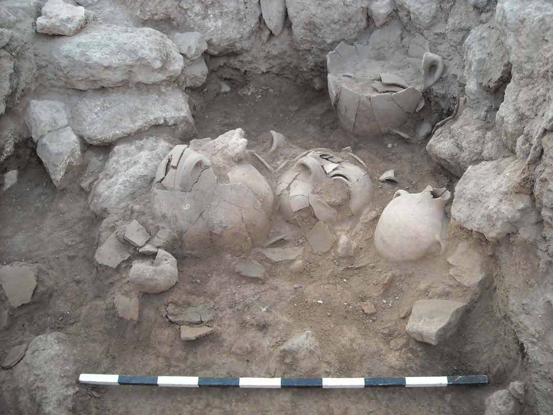 Storage vessels discovered in a 14th century BC palace